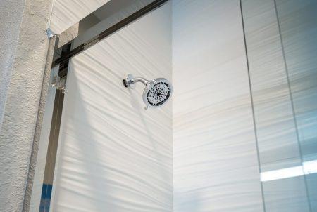 Hotel Renovation LaQuinta Shower